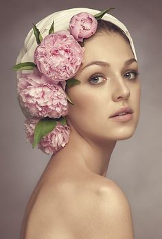 From Ana-Rosa/ such a beauty w/ Peonies in her hair. 3 4 Face, Floral Headdress, Rose Hat, Lesage, Headgear, Flowers In Hair, Her Hair, Pretty In Pink, Flower Power