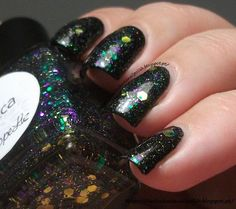 The Clockwise Nail Polish: Penélope Luz Wicca