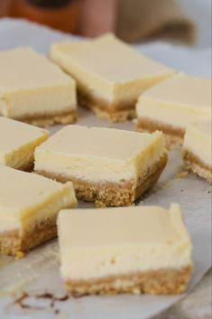 A classic creamy lemon slice made with just 5 ingredients! This baked lemon slice takes less than 10 minutes to prepare. and tastes AMAZING! Lemon Dessert Recipes, Sweet Recipes, Baking Recipes, Delicious Desserts, Yummy Food, Desert Recipes, Recipe Using Lemons, Lemon Slice, Coconut Slice