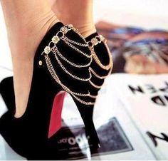 Lovely Shoes :D - Women& Shoes Photo - Fanpop Heeled Boots, Shoe Boots, Shoes Heels, Dream Shoes, Crazy Shoes, Cute Shoes, Me Too Shoes, Talons Sexy, Vegvisir