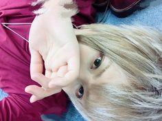 メディアツイート: まふまふ@何でも屋さん(@uni_mafumafu)さん | Twitter Vocaloid, Lost Ones Weeping, The Faceless, Cover Songs, Anime Sketch, Life Pictures, Beautiful Voice, Akatsuki, Handsome