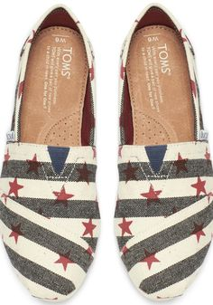 Salute our Americana-inspired Classics featuring printed stars and stripe detail in our most popular style.
