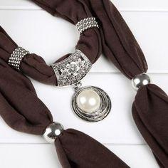 Fashion Pearl Pendant Scarf