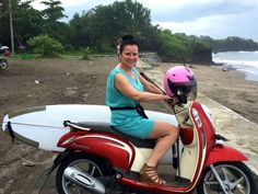 Na skuterze, rowerze, na desce, na fali, czyli na Bali