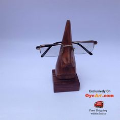 #Gentlemen's #spec #stand at just Rs- 229/- Get it here http://bit.ly/1J3FAi4 #Never loose your spec again.