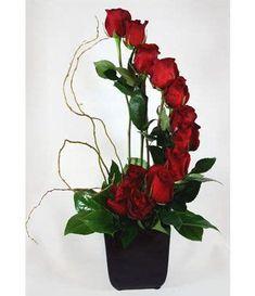 Rosen Arrangements, Rose Flower Arrangements, Flower Bouquets, Table Arrangements, Floral Centerpieces, Fresh Flowers, Silk Flowers, Beautiful Flowers, Flowers Garden