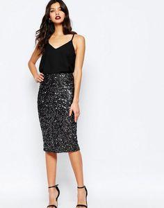 24 Easy Sytish Ways to Recreate Sequin Skirt Outfits How to wear Sequined Skirt Paillette Rock Outfit, Sequin Skirt Outfit, Black Sequin Skirt, Sequin Pencil Skirt, Pencil Skirt Outfits, Black Sequins, Skirt Ootd, Midi Skirt, Gray Skirt