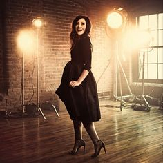 Kari Kobe is one of my fav singers. Honestly, she is such an inspiration. And when it comes to dressing, she keeps it modest and elegant. Kari Jobe, Florence Welch, Pentatonix, Imagine Dragons, You're My Favorite, Lovely Dresses, New Look, Girl Outfits, Dressing