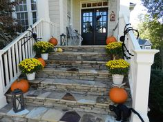 A Stylish Interior: Fabulous Fall Porches
