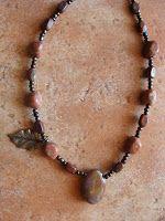 foto hand made jewels  Φωτεινή Μάμαλη: Κολιέ με ίασπη και αχάτες  http://fotinihandjewels.blogspot.gr/ αυθεντικά χειροποίητα κοσμήματα με ημιπολύτιμους λίθους  Στοιχεία επικοινωνίας fotinimamali@yahoo.grή magdalini36@yahoo.gr?