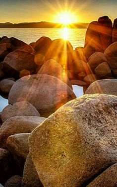 Sunrise at Lake Tahoe Photographer: Clint Sharp. Beautiful Nature Pictures, Beautiful Nature Wallpaper, Amazing Nature, Beautiful Landscapes, Beautiful World, Beautiful Places, Sunset Photography, Amazing Photography, Landscape Photography
