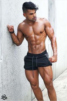repping those leg day essential Lift Shorts Why do lifters love them? Perfect fit, shape and length Two concealed zip-up pockets Light weight, flexible, moisture-wicking material Built in breifs for support and piece of mind Athletic Body Types, Gym Singlets, Athleisure Outfits, Workout Accessories, Tights Outfit, Sexy Men, Sexy Guys, Hot Men, Belleza Natural
