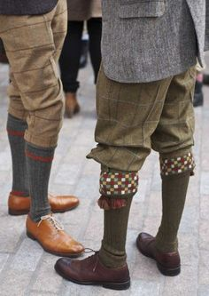 Tweed Run by Ralph Lauren Rugby I'm certain/hoping that tweed breeches will be considered stylish once again. Tweed Ride, Country Wear, Country Outfits, Country Life, Ralph Lauren, Countryside Fashion, Plus Fours, Vintage Outfits, Vintage Fashion