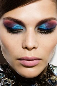 Gorgeous blue and purple eye makeup
