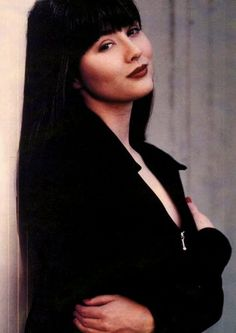 "kr: Brenda Walsh—Lately, I've been channelling this bad girl's 90's fashion. Everyone got tired of her dramatics on and supposdly off the set of Beverly Hills 90210, but she got angsty teenager down to a science. Favourite Brenda line?  ""Thanks for dinner, Dad. It's been real."" Simply charming."