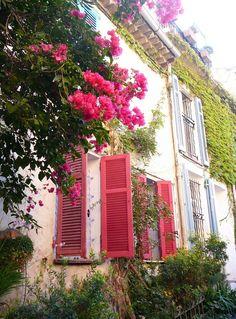My old apartment in Antibes Monaco, Enchanted, Saint Martin Vesubie, Beautiful Flowers, Beautiful Places, Beautiful Homes, Cagnes Sur Mer, Cap D Antibes, Juan Les Pins
