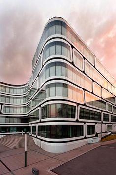 Building in Stuttgart, Germany Z-UP by Christoph Rau, via Gothic Architecture, Amazing Architecture, Architecture Details, Interior Architecture, Unique Buildings, Amazing Buildings, Office Buildings, Bauhaus, Skyscraper