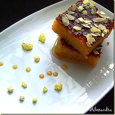 Πολίτικο Σάμαλι με απίθανο άρωμα μαστίχας και πλούσιο σιρόπι!!!! Χίλιες και μια νύχτες σε ένα πιάτο!!!! Υλικά 750 gr. στραγγιστό γιαούρτι 50...