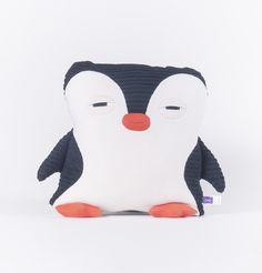 Pingouin – Velvet Moustache