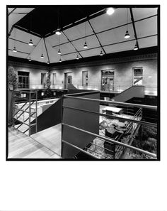 AGUIIRE NEWMAN Headquarters, Madrid. © Ana Muller, fotográfo. allende arquitectos 1999-2002 Open House Madrid, Architects