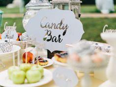 wedding sweet, candy bar, macaroon, cake, candy, макаруни, угощения, сладости, свадебный торт, фрукты,