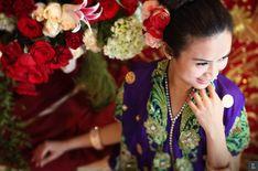 Vibrant Minang and Bugis Wedding of Chairani and Marah Laut - Chairani-Marah_23