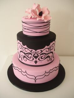 pink and brown wedding cake.