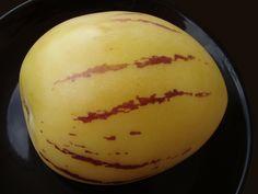 La Poire-Melon : Un subtil mélange de saveurs entre la poire et le melon ! www.alsagarden.com