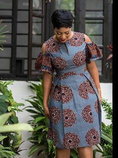 Modern And Trendy Ankara Styles For Beautiful Ladies 2019 By Zahra Delong - 2019 Trends African Fashion Ankara, Latest African Fashion Dresses, African Inspired Fashion, African Print Fashion, Africa Fashion, Ankara Dress Styles, Trendy Ankara Styles, Ankara Skirt And Blouse, Blouse Styles