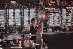 Stefan E Caroline, Caroline Forbes, Vampire Diaries Wallpaper, Vampire Diaries Cast, Vampire Dairies, Stefan Salvatore, Paul Wesley, Bts Photo, Outlander