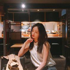 혜리 (@hyeri_0609) • Ảnh và video trên Instagram Girl's Day Hyeri, Lee Hyeri, Lee Sung Kyung, Kim Sejeong, Girl Sday, Fashion Poses, Female Singers, Yoona, Ulzzang Girl