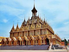thailandhere: วัดท่าซุง ถนนคนเดิน อุทัยธานี Wat Tha Sung ,Street...