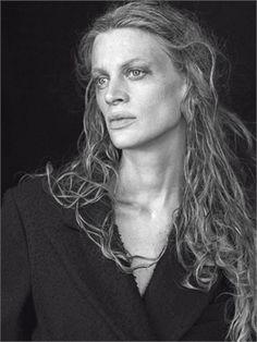 Kristen McMenamy Photo by Peter Lindbergh 2009 Vogue Italia, settembre 2009