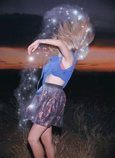 in my future life i will dance so hard that i project stars from my body...lawlz. No seriously i just want to know how to instantly project stars from ones body