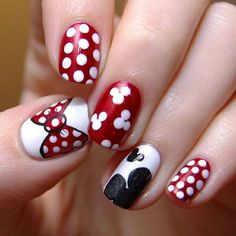 Top Three 2015 Nail Designs for the Young Girls : 2015 Nail Art For Short Nails. 2015 manicure nail design ideas,nail art designs trends and photos nail 2015 Fancy Nails, Love Nails, Pretty Nails, My Nails, Gorgeous Nails, Minnie Mouse Nails, Mickey Mouse Nails, Minnie Bow, Mickey Head