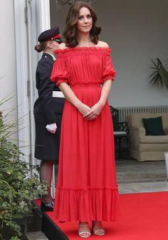 Tudo o que a Duquesa de Cambridge usa se torna objeto de desejo. Navegue pela galeria e não perca nenhum detalhe das produções exibidas por Catherine.