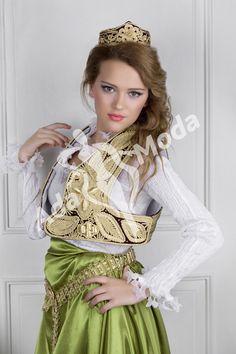 http://www.adamoda.org/images/balkan/19b.png