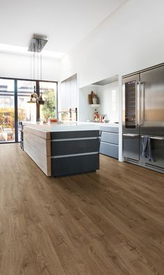 How To Choose The Perfect Kitchen Flooring