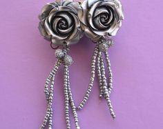 Silver Rose Spanish flamenco style earrings.  #spain #accessories #handmade #etsy #handmadejewlery #Etsyshop #flamenco #flamenca #spanishstyle #rose #flowers #silverflower #metallic #fashion #style #style 2017 #dangle #ole