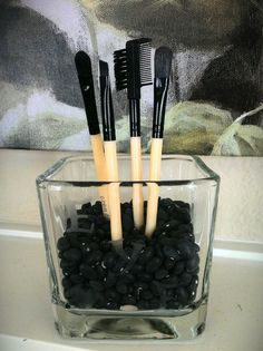 make-up brushes storage. home decor