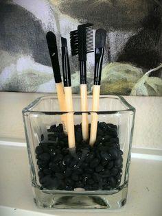make-up brushes storage. home decor
