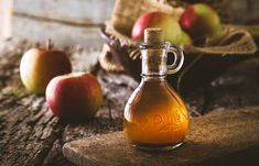 natural acne remedies How To Get Rid Of Acne Scars And Pimple Marks Natural Acne Remedies, Skin Care Remedies, Home Remedies, Flu Remedies, Earache Remedies, Pimples Remedies, Apple Cider Vinegar Remedies, Apple Cider Vinegar Benefits, Apple Vinegar