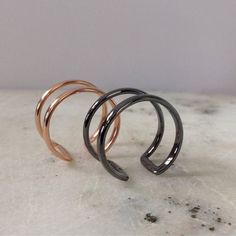 Items similar to Knuckle Ring - Ring - Oxidised Plated - Rose Gold plated - Stacking Ring - Twisted Ring - Hammered Ring - Smooth Ring - Simple Gold Ring T on Etsy Knuckle Rings, Rose Gold Color, Plating, Silver Rings, Jewellery, Unique Jewelry, Bracelets, Handmade Gifts, Wire
