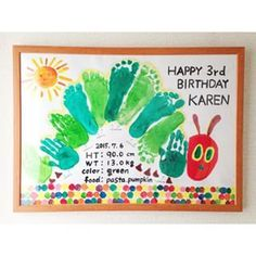 The very hungry caterpillar footprint art Baby Crafts, Toddler Crafts, Preschool Crafts, Diy And Crafts, Mothers Day Crafts For Kids, Diy For Kids, Baby Artwork, Footprint Crafts, Handprint Art