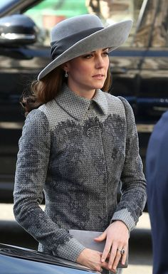 Catherine, Duchess of Cambridge attend The Commonwealth Observance Day Service on March 2016 in London, United Kingdom. The service is the largest annual inter-faith gathering in the United. Kate Middleton Hats, Princesse Kate Middleton, Kate Middleton Style, Queen Kate, Princess Kate, Princess Charlotte, Prince William And Catherine, William Kate, Duchess Kate