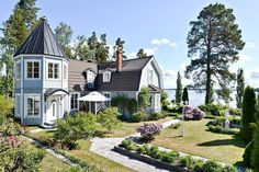 Villa in Sundom Finland (late 19th century) [1024x683] via Classy Bro