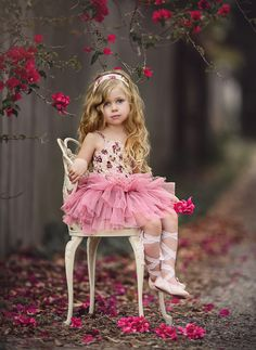Our gorgeous 'The Ivy Ballet Tutu' is a beautiful floral tutu, perfect for the Autumn/Winter months. Little Girl Photos, Cute Little Girls, Cute Baby Girl, Little Girl Dresses, Cute Kids, Girls Dresses, Flower Girl Dresses, Classic Photography, Vintage Fashion Photography