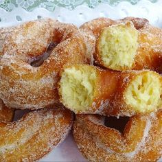Donut Recipes, Baking Recipes, Cookie Recipes, Dessert Recipes, Spanish Desserts, Mini Desserts, Homemade Donuts, Good Food, Yummy Food