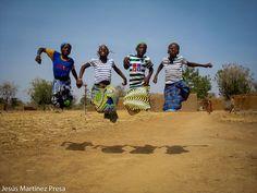 Una foto de Mali: Un juego de niñas