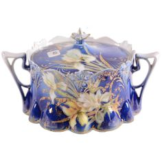 Two-Handled Cracker Jar - Unmarked X Across Handles - Lily Mold - Cobalt Blue with Stylized Iris Decor. on May 2018 Biscuits, Tea And Crumpets, Vintage Cookies, Candy Dishes, Vintage China, Cookie Jars, China Porcelain, Woody, Crackers